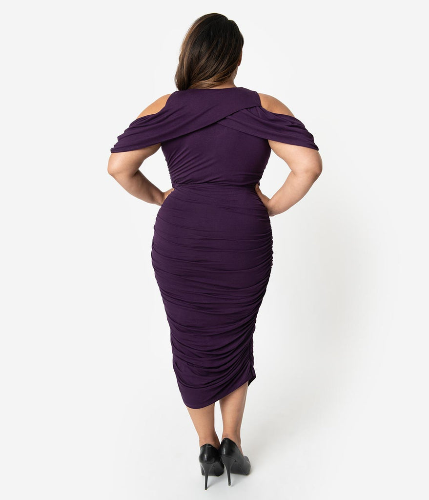 Plus Size Plum Purple Keyhole Cutout Ruched Wiggle Dress