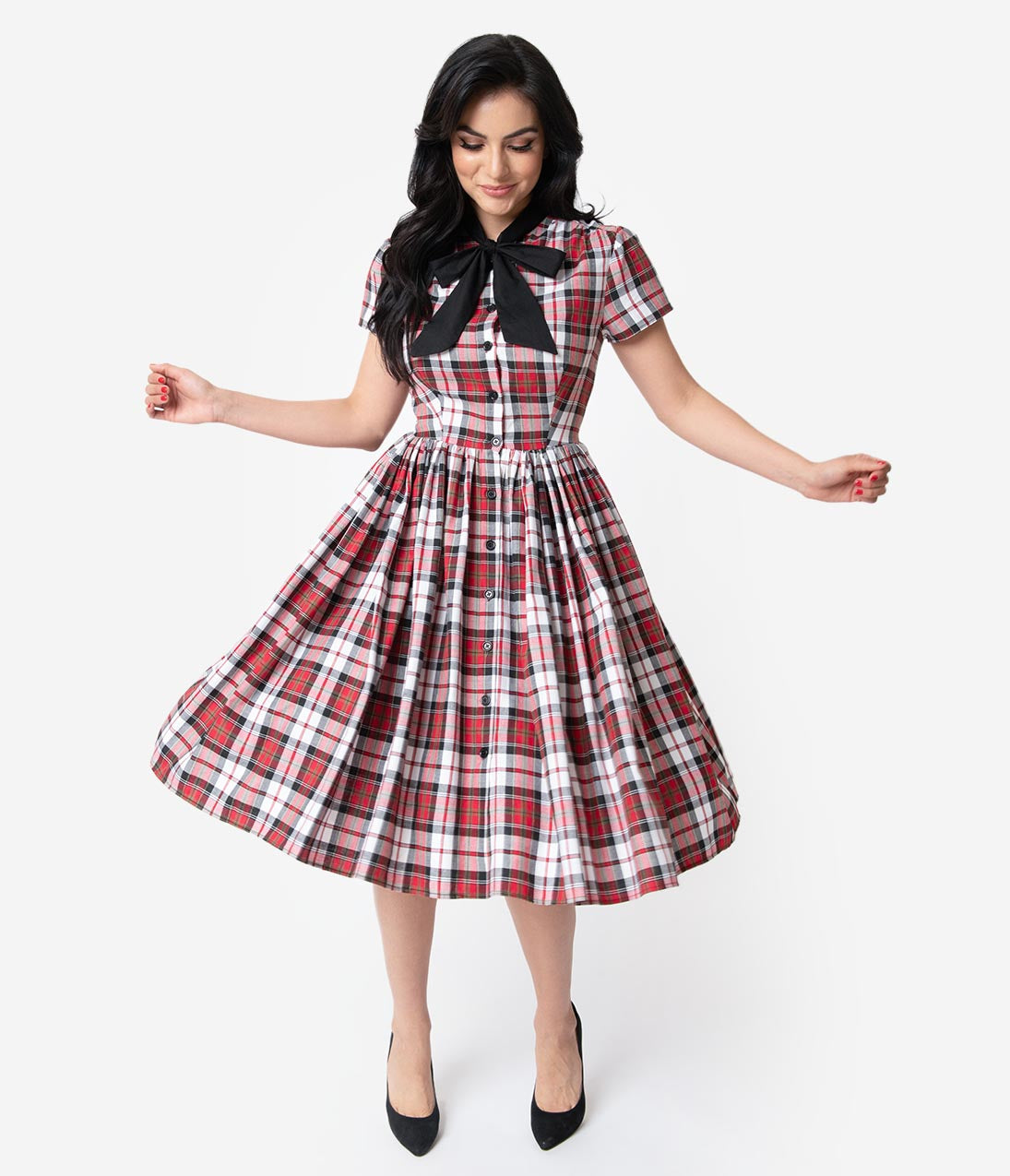 Fifties Dresses : 1950s Style Swing to Wiggle Dresses Unique Vintage 1950S Style Red Plaid Button Up Swing Dress $118.00 AT vintagedancer.com