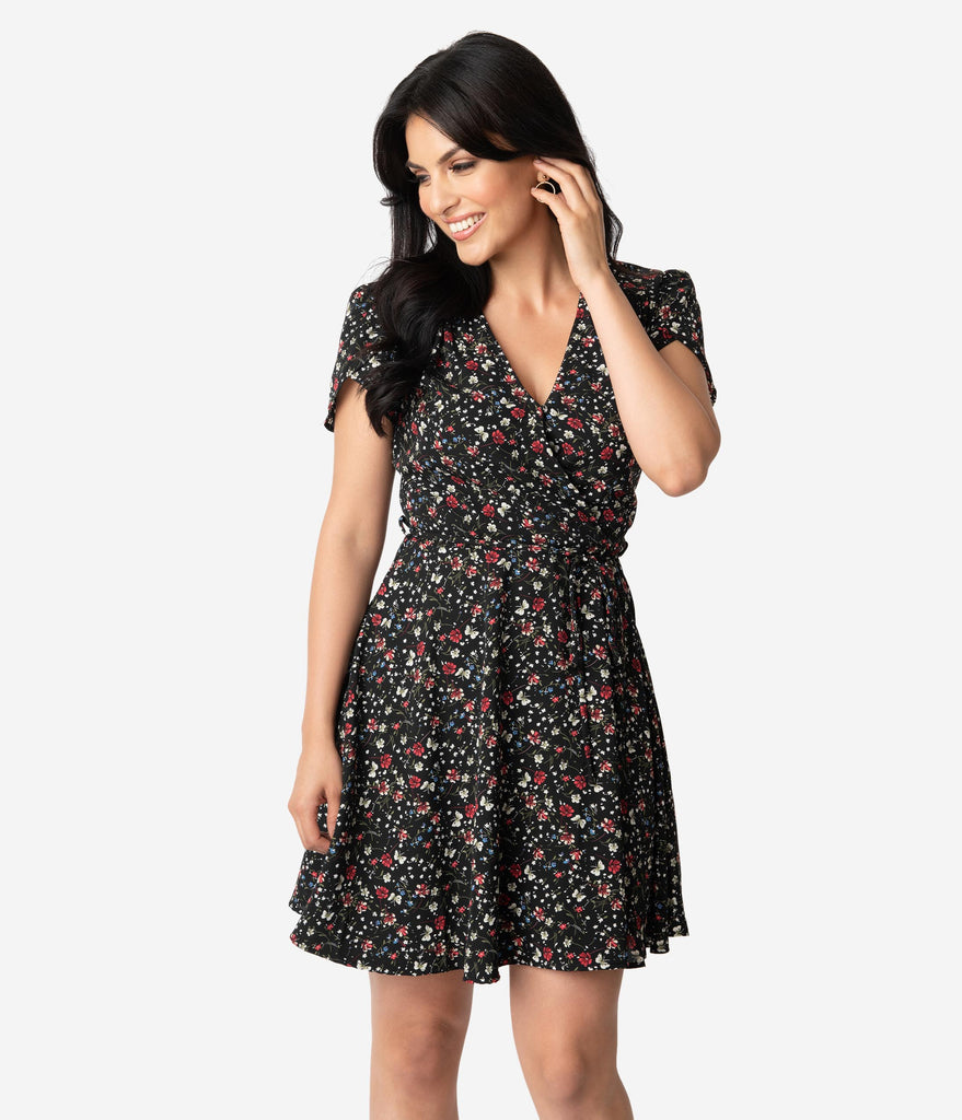 Smak Parlour Black & Multi Floral Print Short Sleeve Flare Dress