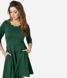 Smak Parlour Emerald Green Scalloped Three-Quarter Sleeve Charmed Fit & Flare Dress