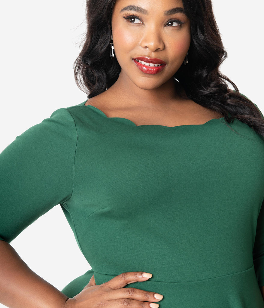 Smak Parlour Plus Size Emerald Green Scalloped Three-Quarter Sleeve Charmed Fit & Flare Dress