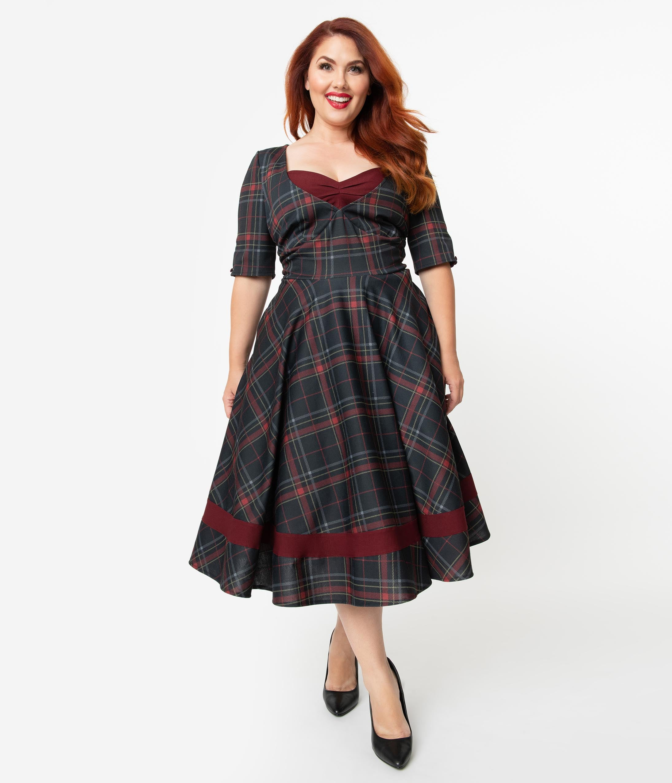 1950s Dresses, 50s Dresses | 1950s Style Dresses Unique Vintage Plus Size 1950S Style Burgundy  Black Plaid Sleeved Serena Swing Dress $110.00 AT vintagedancer.com