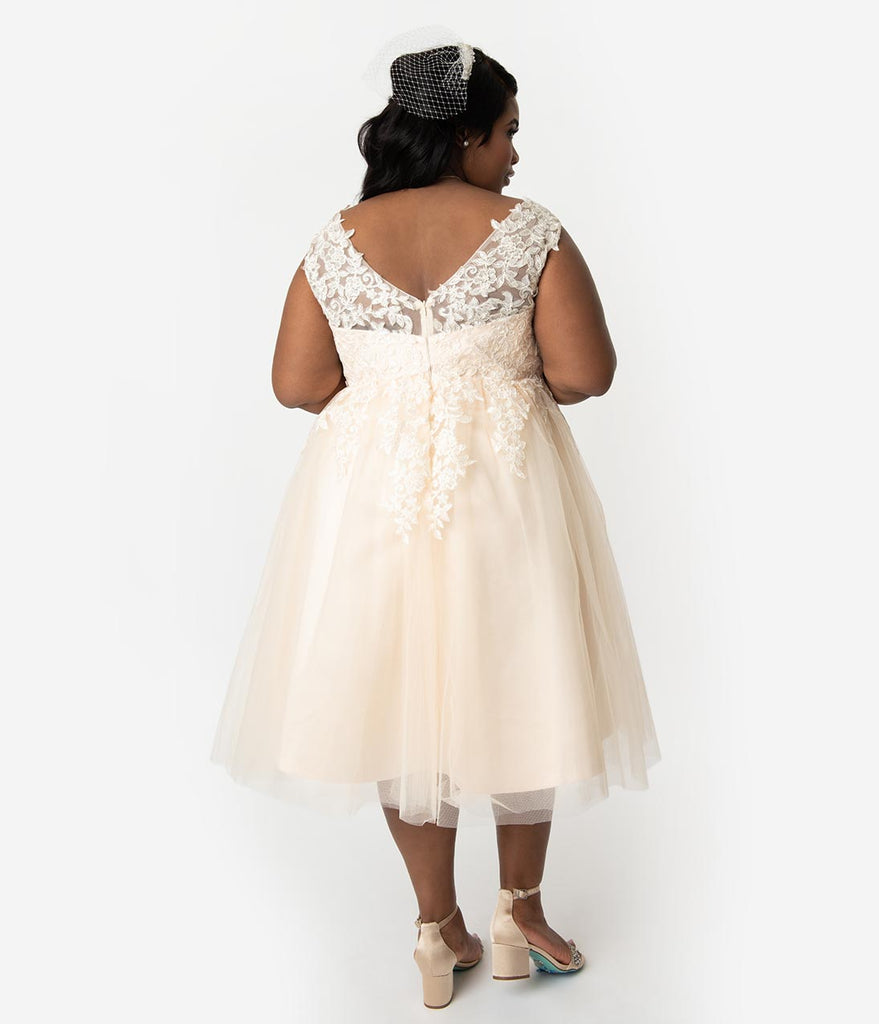 Unique Vintage Plus Size 1950s Champagne Tulle Lace Monte Carlo Wedding Dress