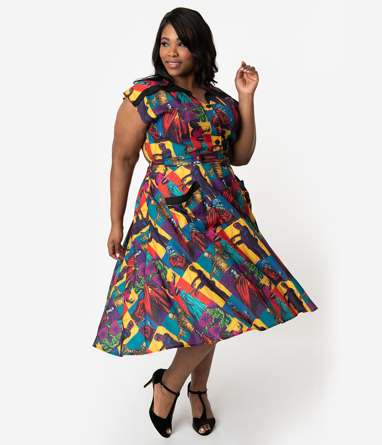 Universal Monsters x Unique Vintage Plus Size 1950s Style Monster Mania Print Hedda Swing Dress