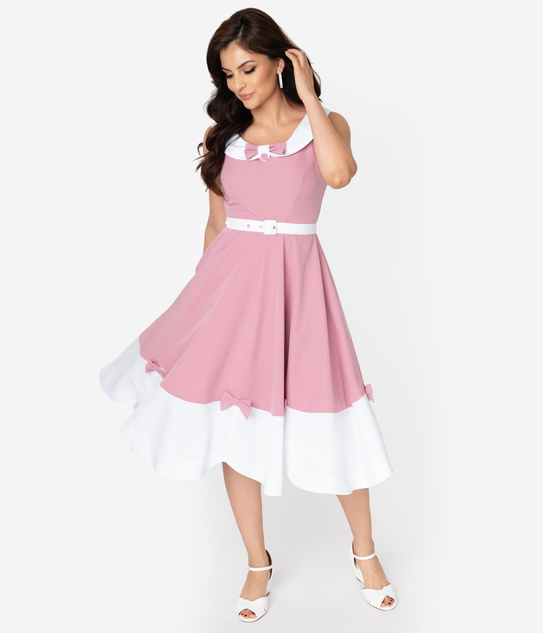 Fifties Dresses : 1950s Style Swing to Wiggle Dresses Miss Candyfloss 1950S Style Pink  White Bow Enchanted Swing Dress $122.00 AT vintagedancer.com