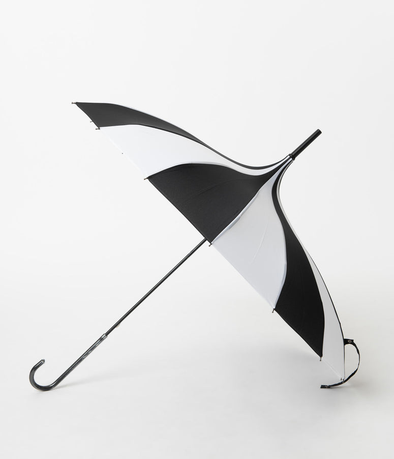 Retro Style Black & White Stripe Pagoda Umbrella