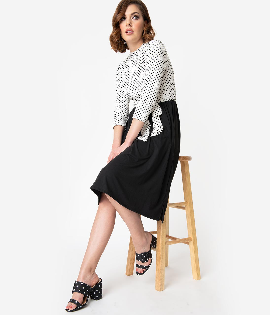 Modest Gathered Fitted Pocketed Vintage Side Vent High-Neck 3/4 Sleeves Polka Dots Print Midi Dress With a Bow(s)