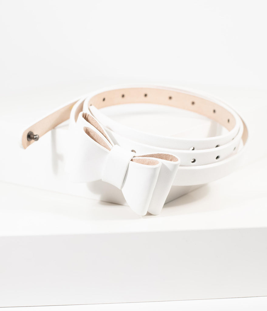 Vintage Style White Leatherette Bow Snap On Belt
