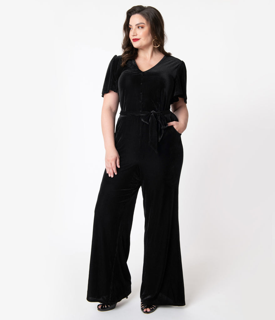 Unique Vintage Plus Size 1970s Black Velvet Corduroy Heddy Jumpsuit