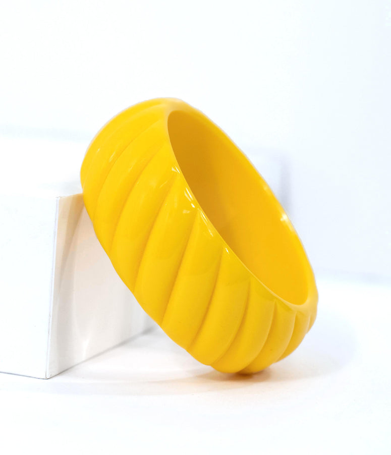 Yellow Unicorn Horn Resin Carved Bangle Bracelet