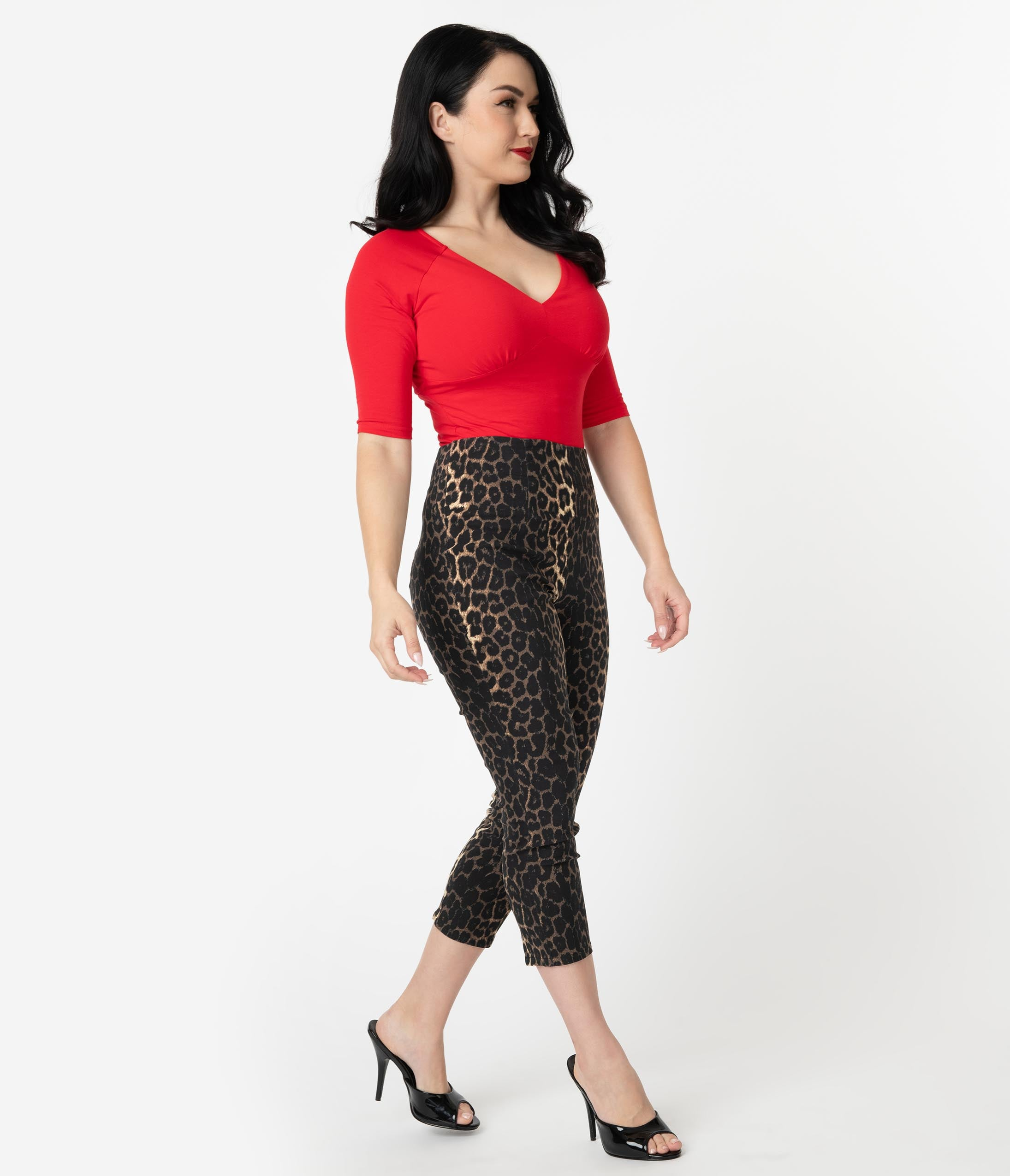 50s Costumes | 50s Halloween Costumes Hell Bunny 1950S Style Leopard Print Panthera Capri Pants $48.00 AT vintagedancer.com