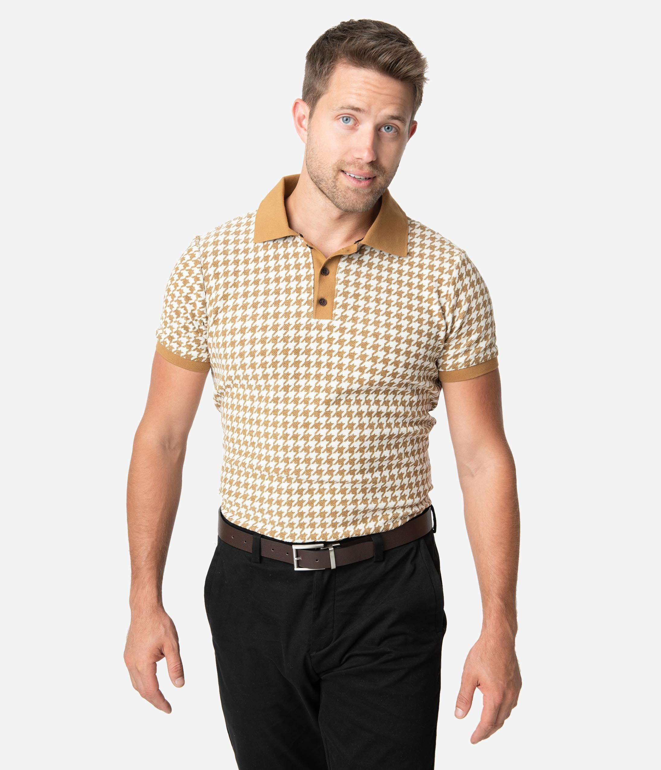1940s Style Mens Shirts, Sweaters, Vests Collectif 1960S Mustard Houndstooth Short Sleeve Pablo Mens Polo Shirt $48.00 AT vintagedancer.com