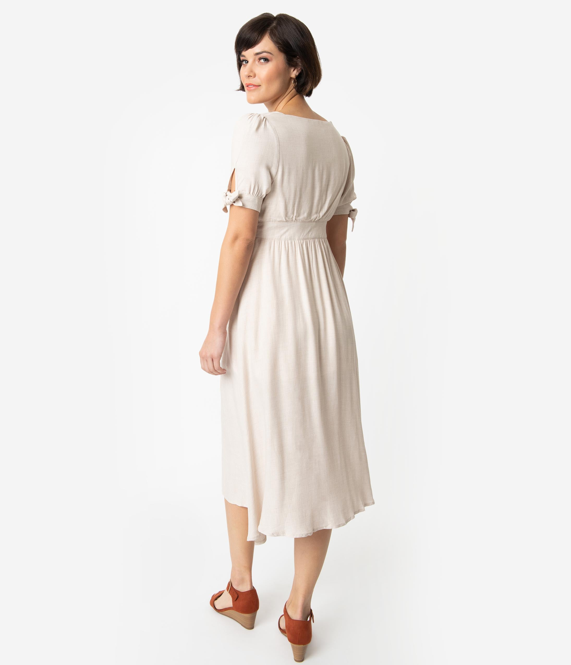 eceff7fcece 1930s Style Toasted Oatmeal Woven Short Sleeve Button Up Midi Dress