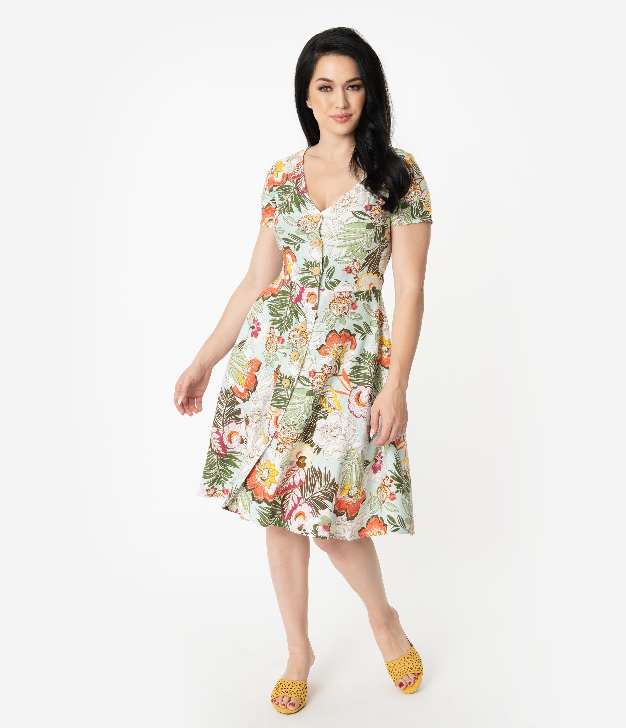 New Fifties Dresses | 50s Inspired Dresses 1950S Style Mint Tropical Floral Print Short Sleeve Button Up Swing Dress $47.00 AT vintagedancer.com