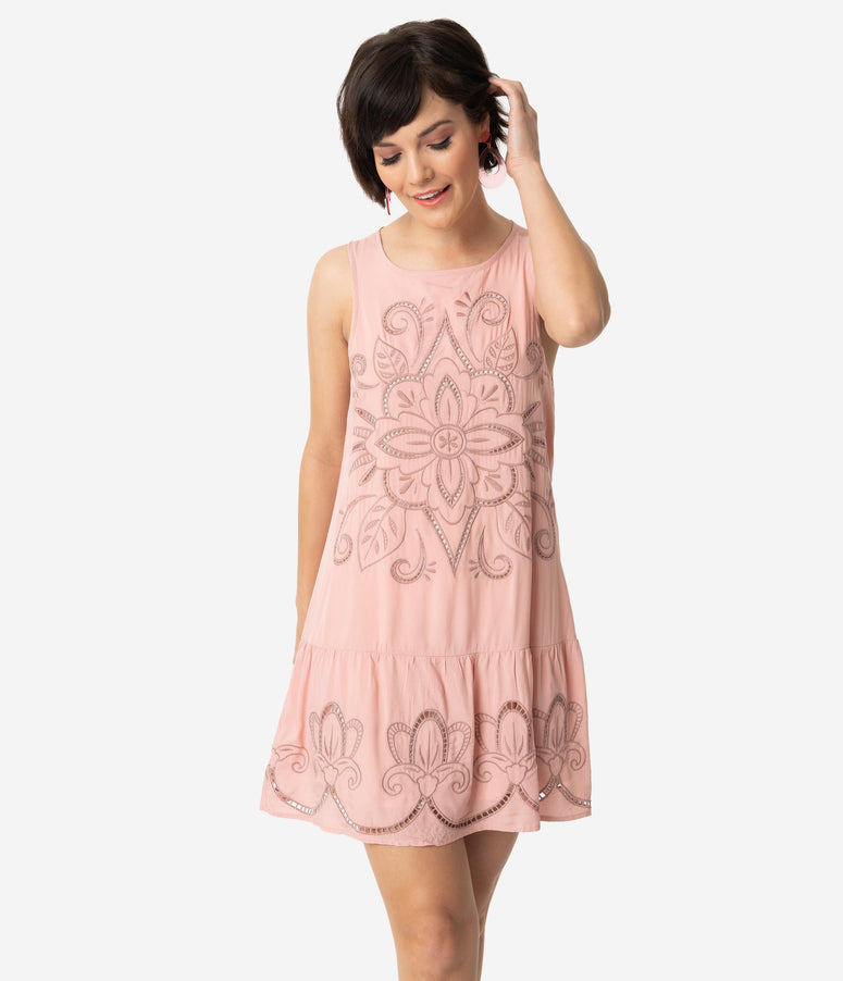 1920s Style Pink Embroidered Sleeveless Keyhole Back Drop Waist Dress