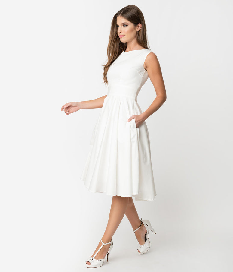Vintage Style Ivory Sleeveless Jenny Swing Dress