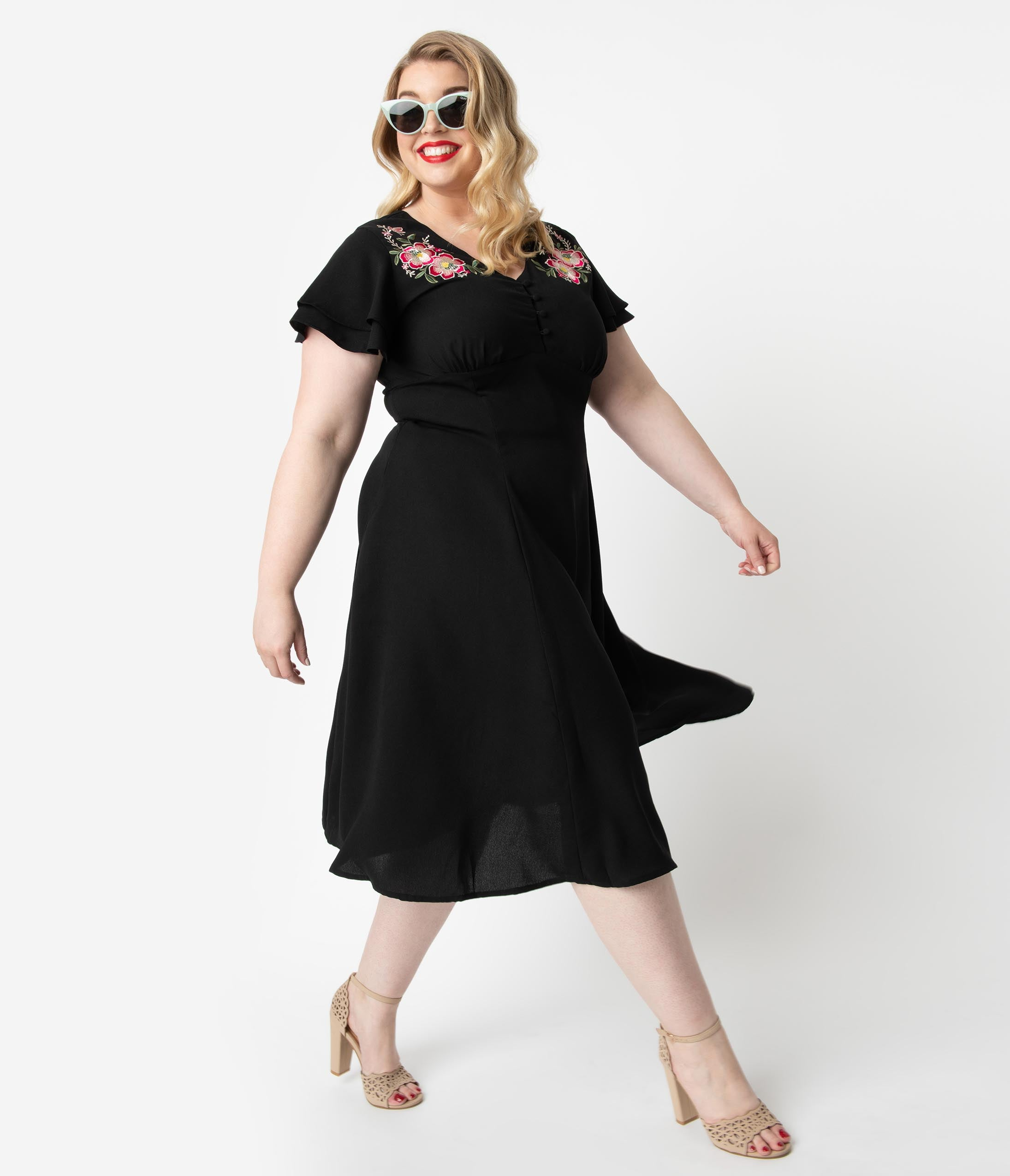 1950s Plus Size Dresses, Swing Dresses Plus Size 1940S Style Black  Pink Floral Embroidery Irena Swing Dress $68.00 AT vintagedancer.com