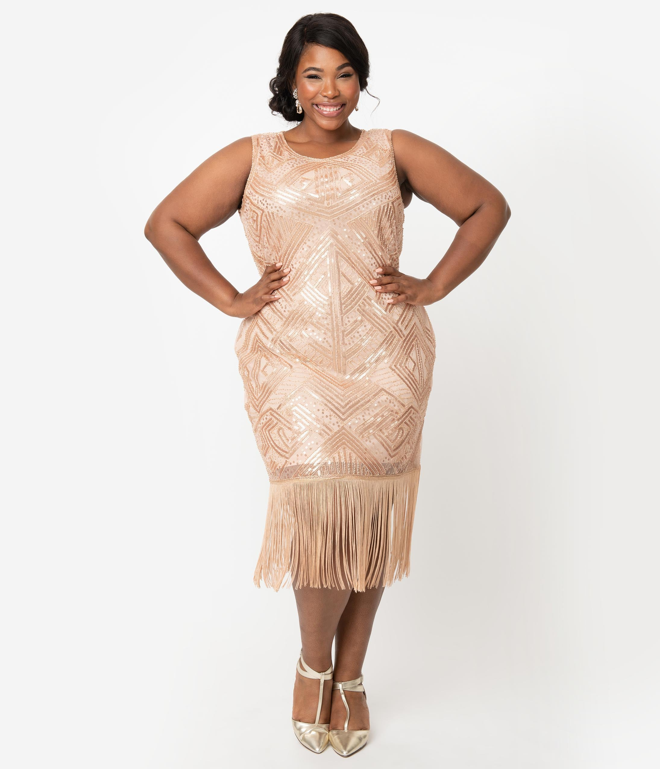 1920s Plus Size Flapper Dresses, Gatsby Dresses, Flapper Costumes Unique Vintage Plus Size 1920S Style Blush Pink Sequin Sleeveless Fringe Calais Flapper Dress $88.00 AT vintagedancer.com