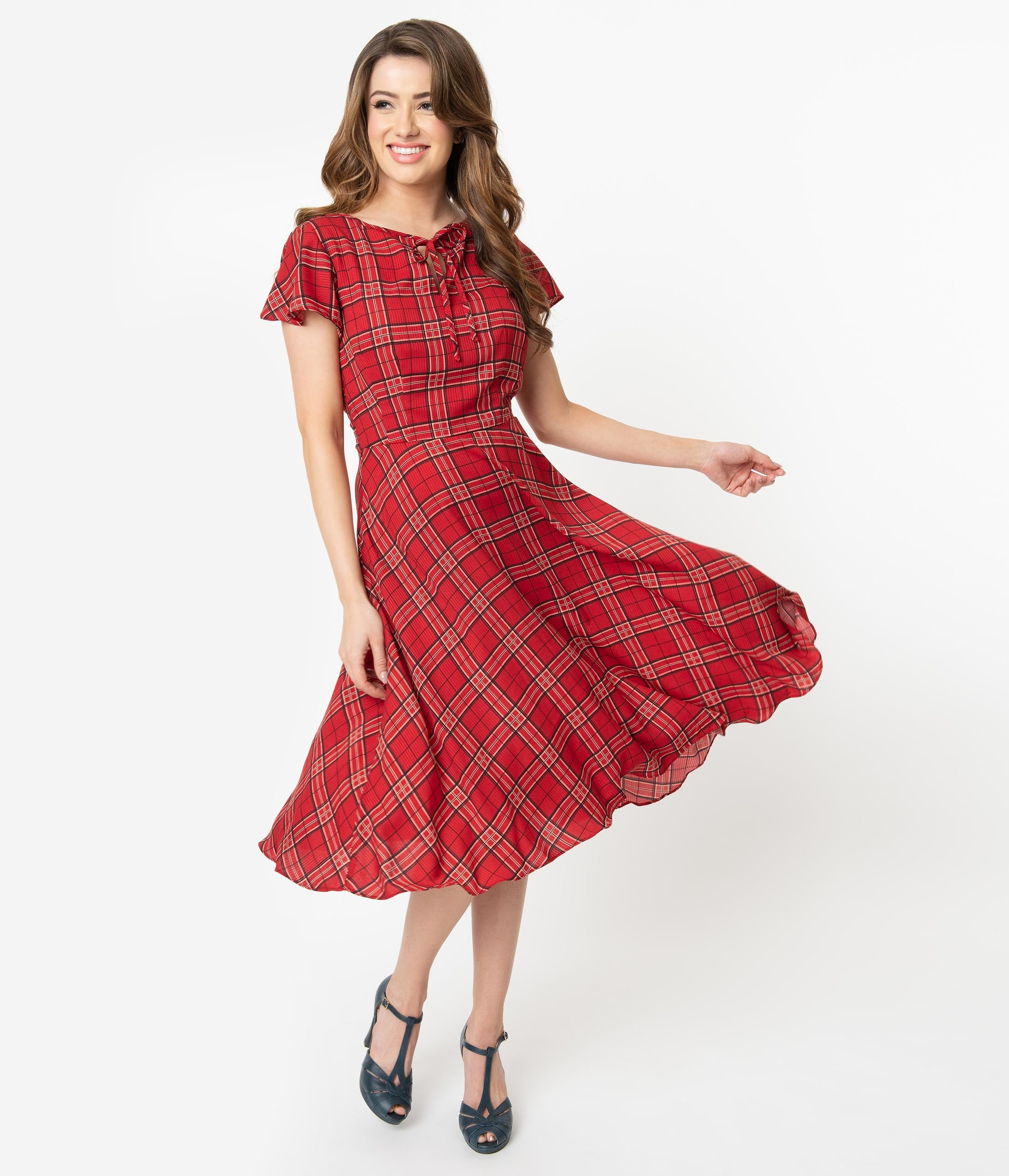 1940s Fashion Advice for Short Women Unique Vintage 1940S Style Red Plaid Formosa Swing Dress $88.00 AT vintagedancer.com