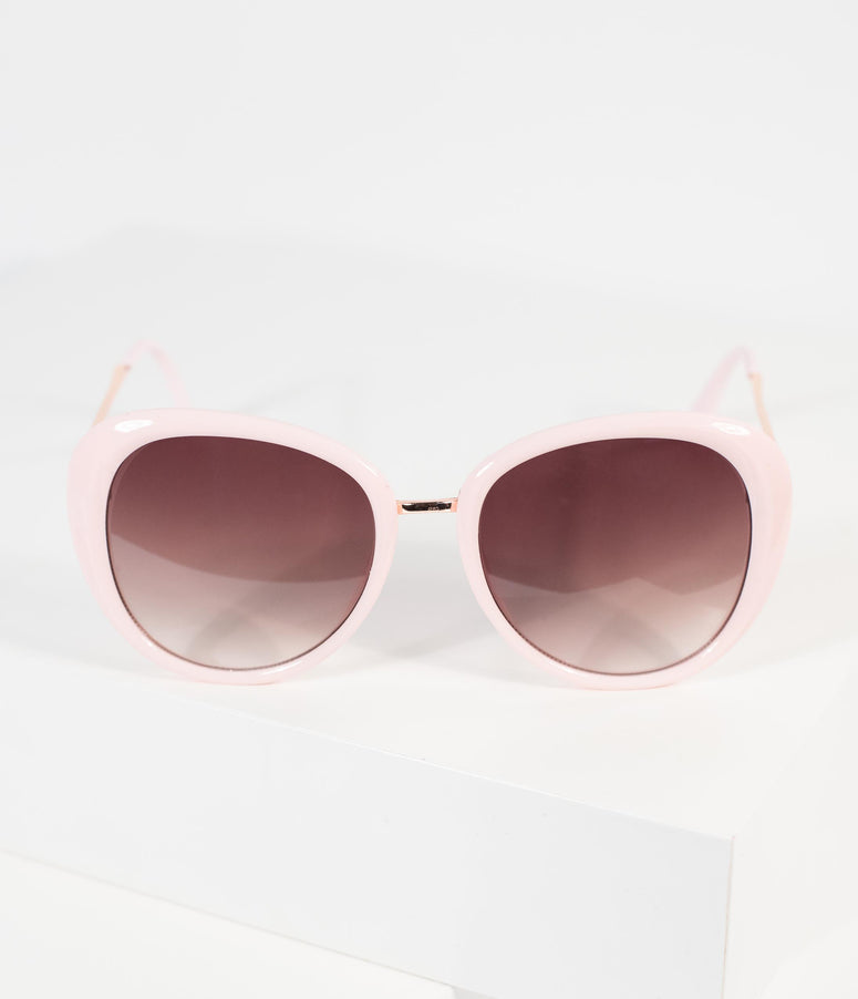 1960s Style Light Pink Rounded Sunglasses
