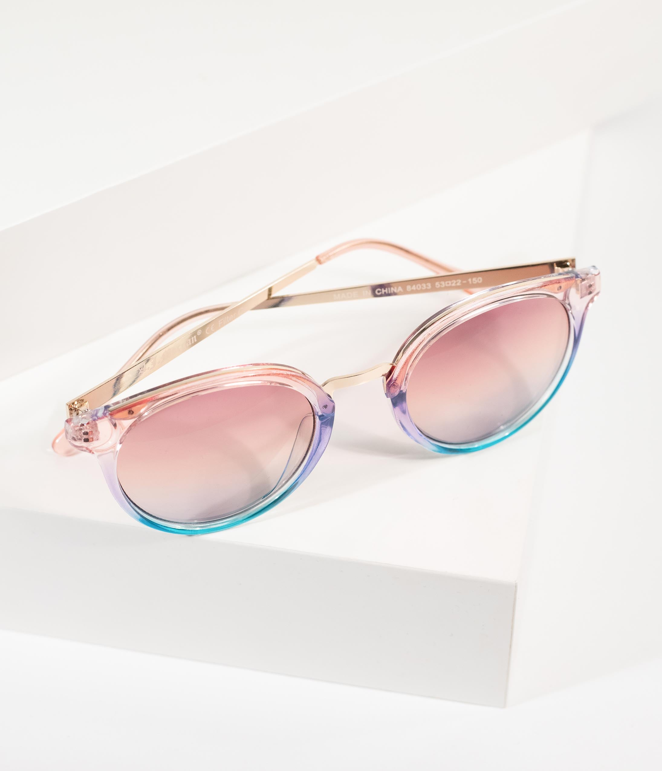 f81a580b41437 1970s Style Pink   Blue Rounded Crystal Metal Sunglasses