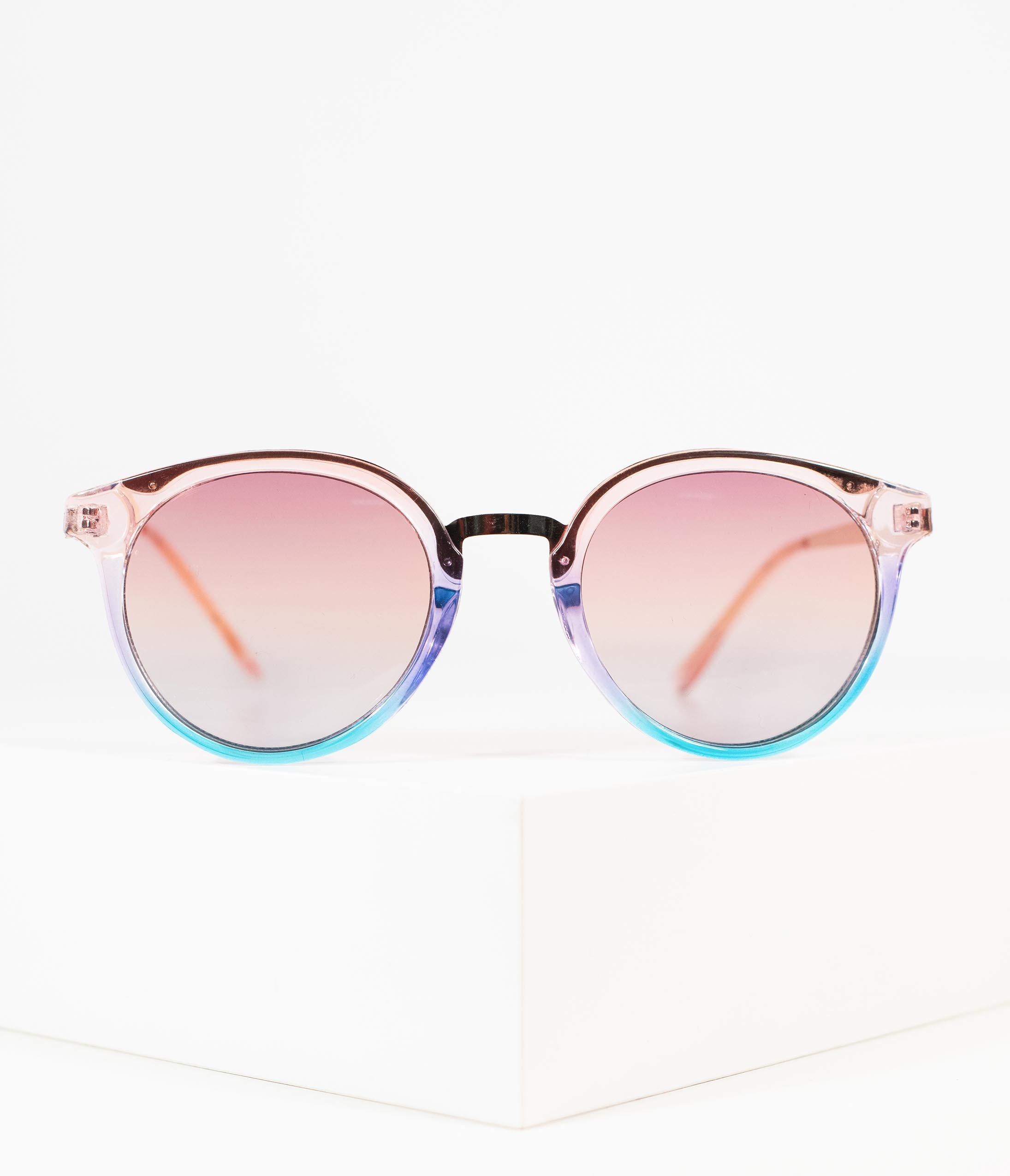 5680bd27b6950 1970s Style Pink   Blue Rounded Crystal Metal Sunglasses