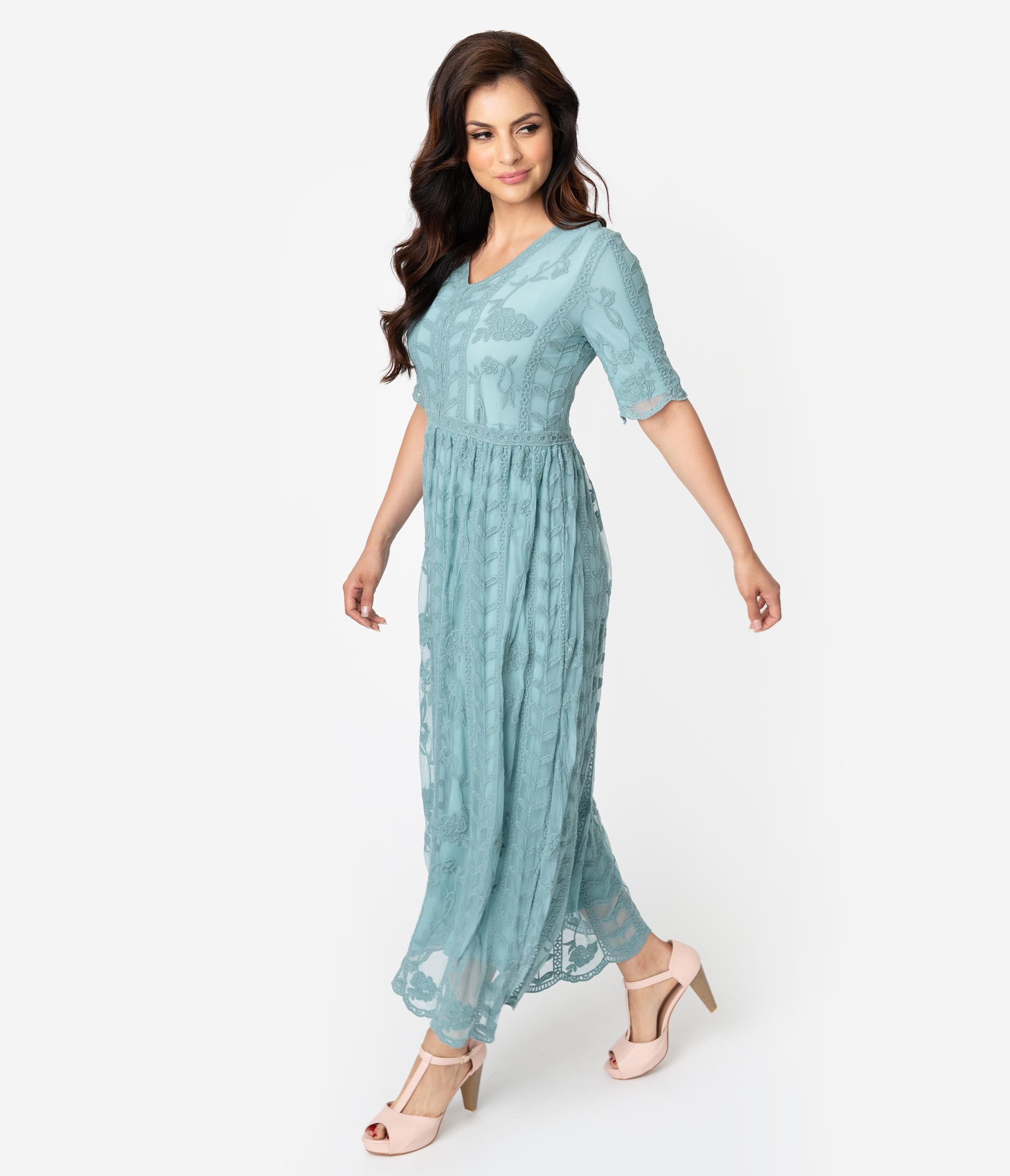 5270ad14a Maxi Dresses   70s-Style Long Dresses – Unique Vintage