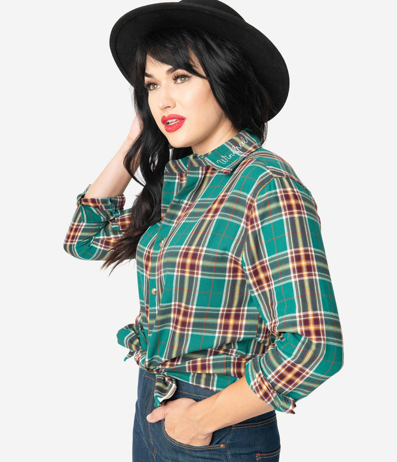 Cakeworthy Green Plaid Hocus Pocus Winifred Flannel Top
