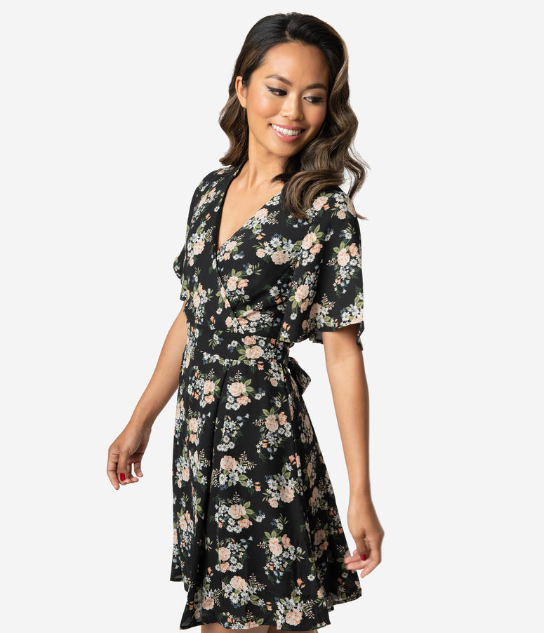 Black & Multicolor Floral Print Crepe Short Sleeve Fit & Flare Dress
