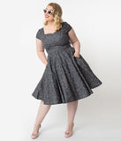 Plus Size 1950s Style Grey Galaxy Print Cap Sleeve Hanna Swing Dress