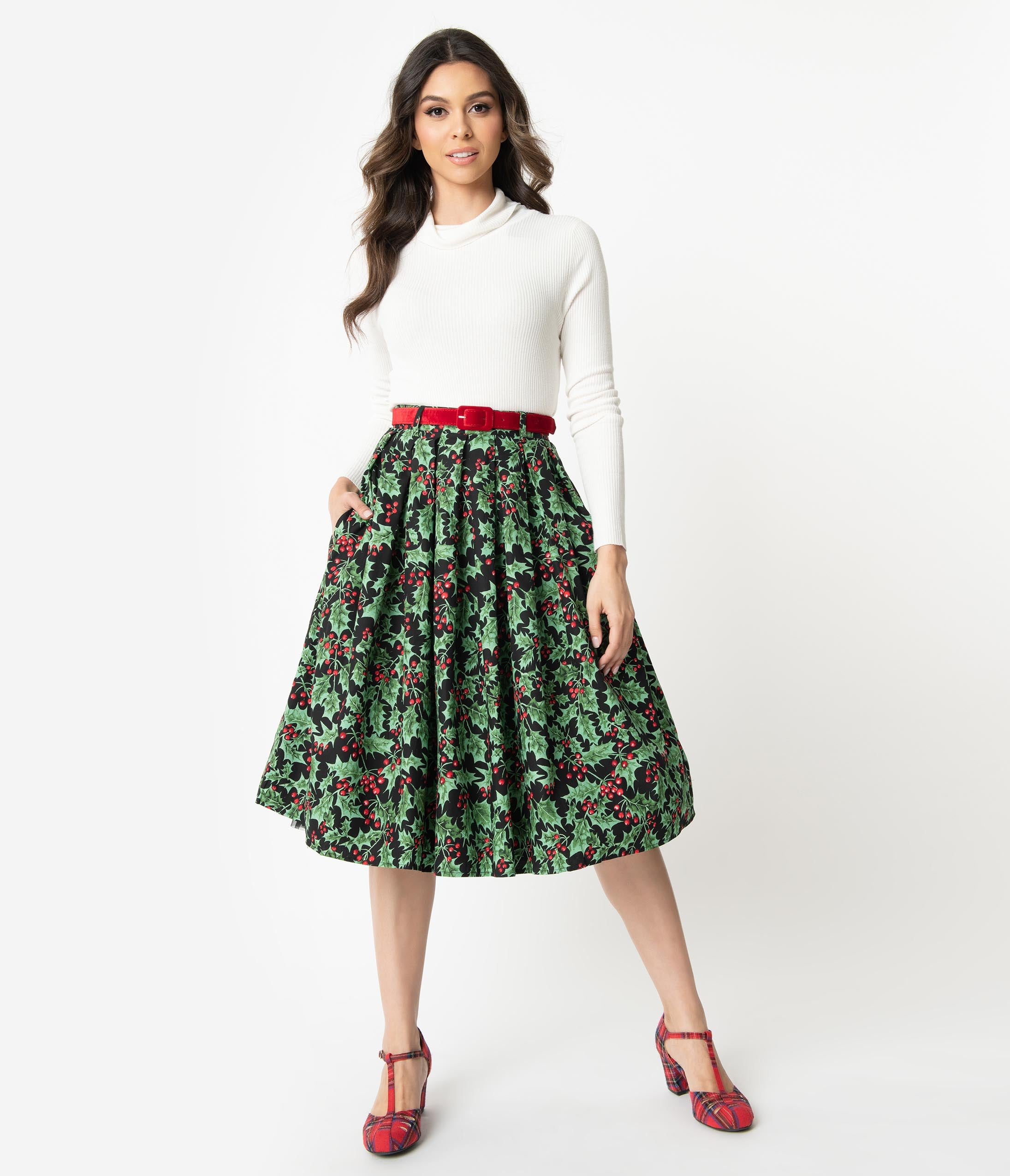 50s Skirt Styles | Poodle Skirts, Circle Skirts, Pencil Skirts 1950s Holly Berry Print Pleated Cotton Swing Skirt $62.00 AT vintagedancer.com