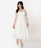 V-neck Long Sleeves Swing-Skirt Sweetheart Tea Length Belted Vintage Wedding Dress With a Bow(s)