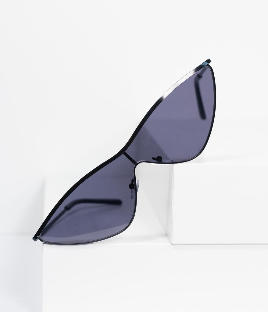 Retro Style Black Snicker Cat Eye Sharp Sunglasses