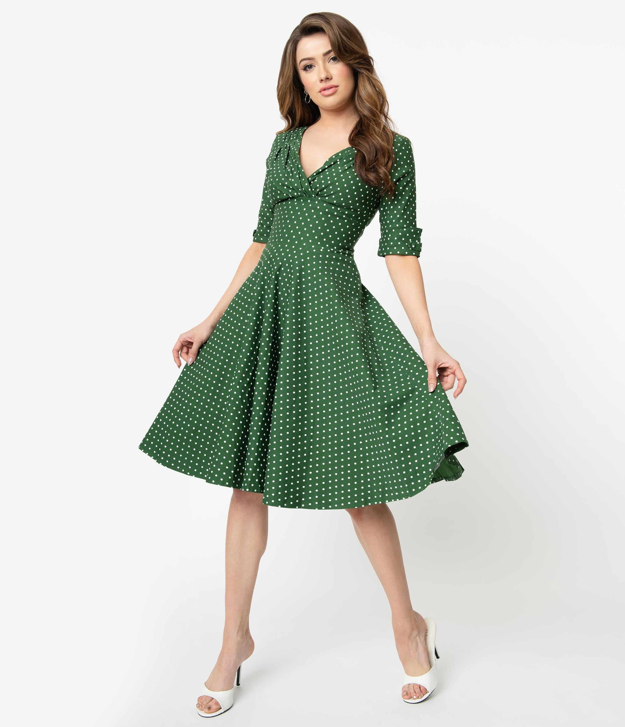 1950s Plus Size Dresses, Swing Dresses Unique Vintage 1950S Green  White Pin Dot Delores Swing Dress With Sleeves $92.00 AT vintagedancer.com