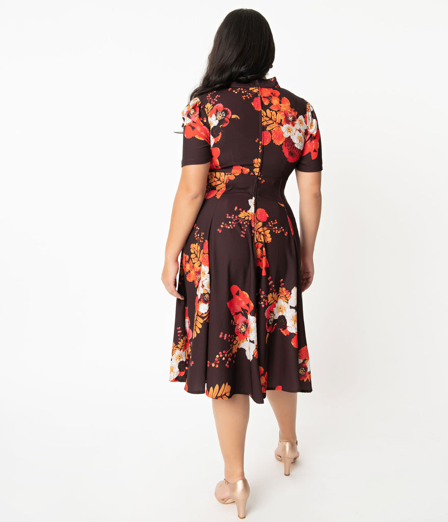 Plus Size 1940s Style Brown Autumn Floral Izzy Swing Dress