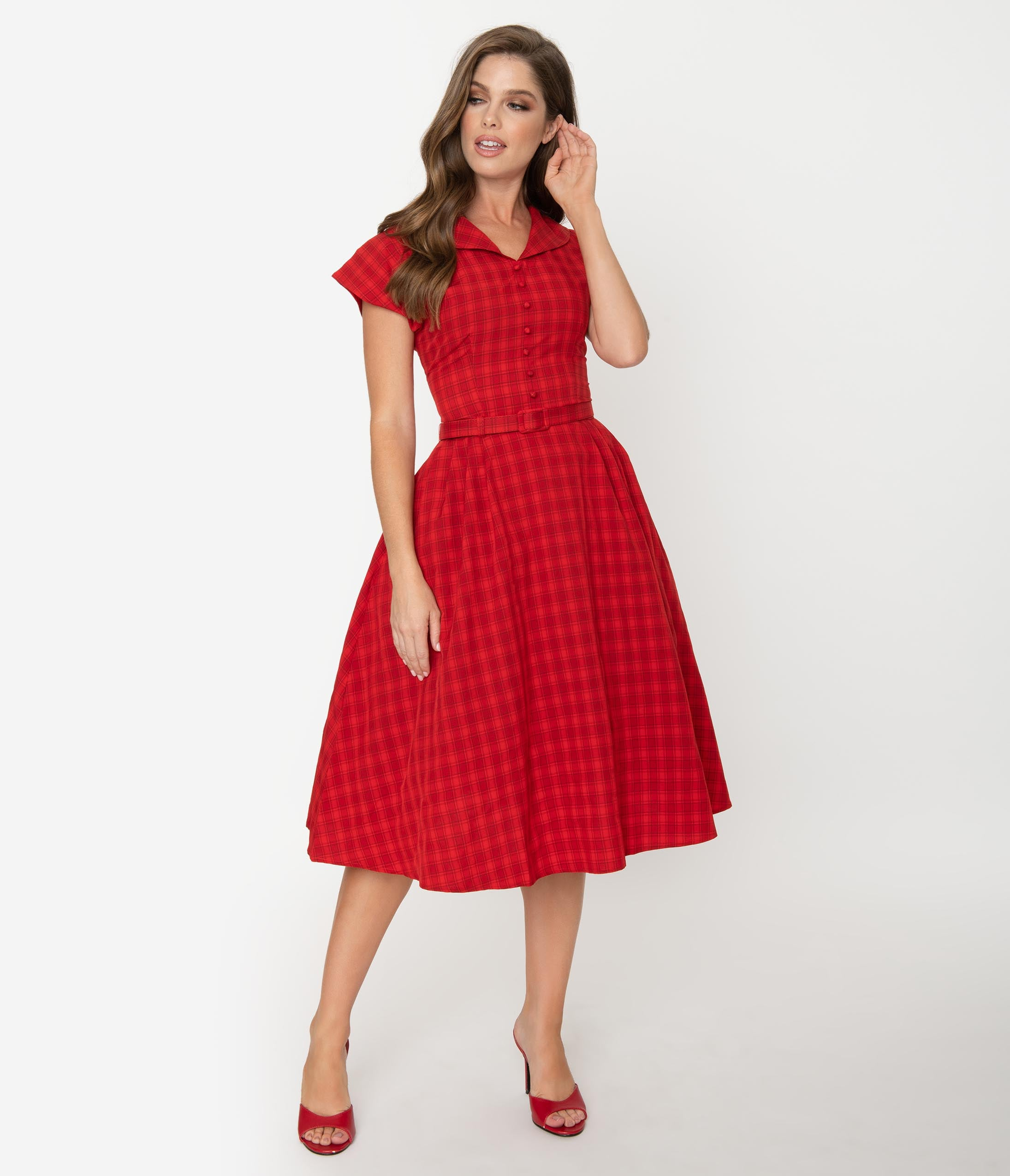 1950s Dresses, 50s Dresses | 1950s Style Dresses Collectif 1950S Style Red Plaid Cap Sleeve Dinah Swing Dress $68.00 AT vintagedancer.com