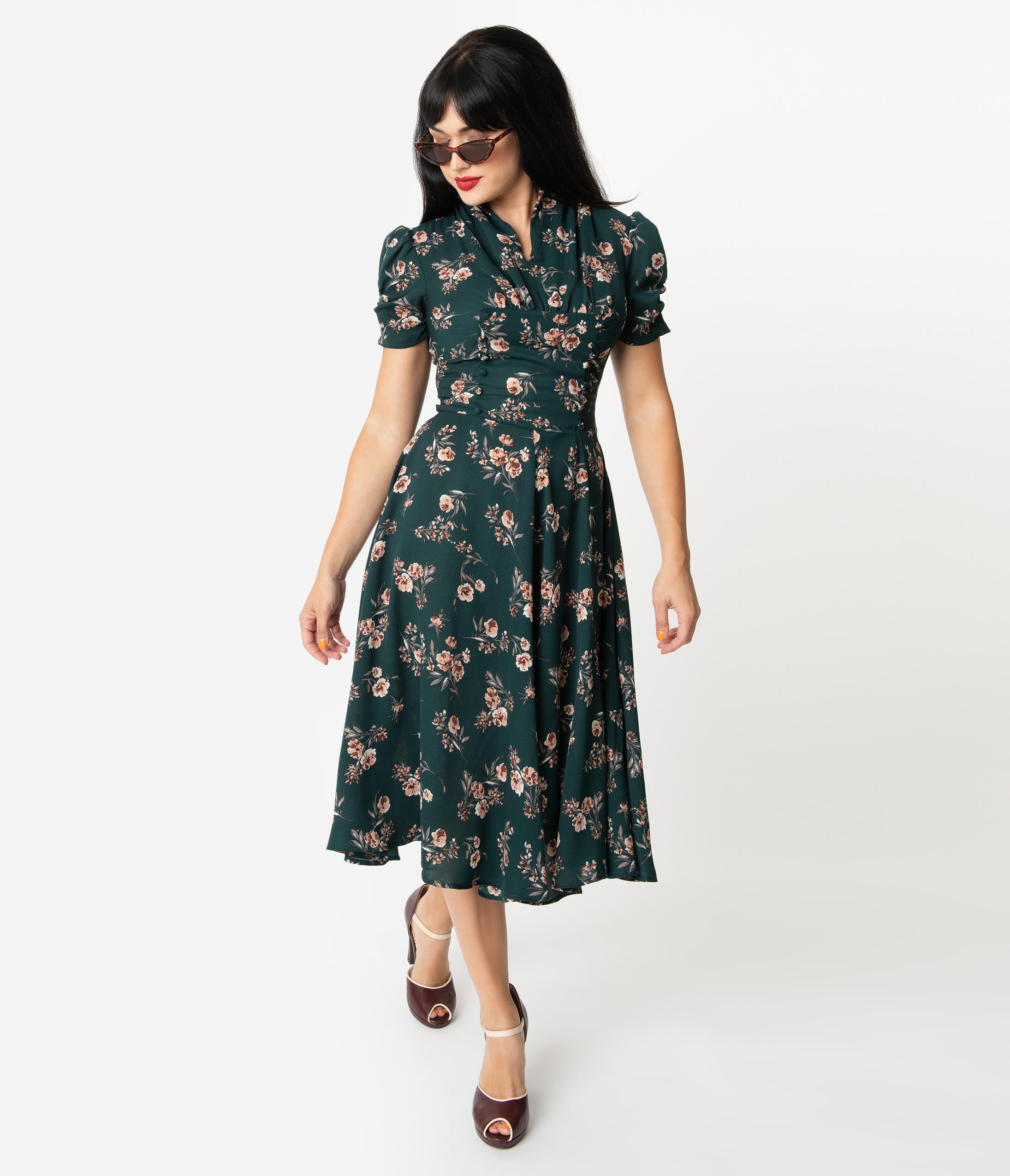 500 Vintage Style Dresses for Sale | Vintage Inspired Dresses Unique Vintage 1940S Green Floral Print Camilla Midi Dress $78.00 AT vintagedancer.com