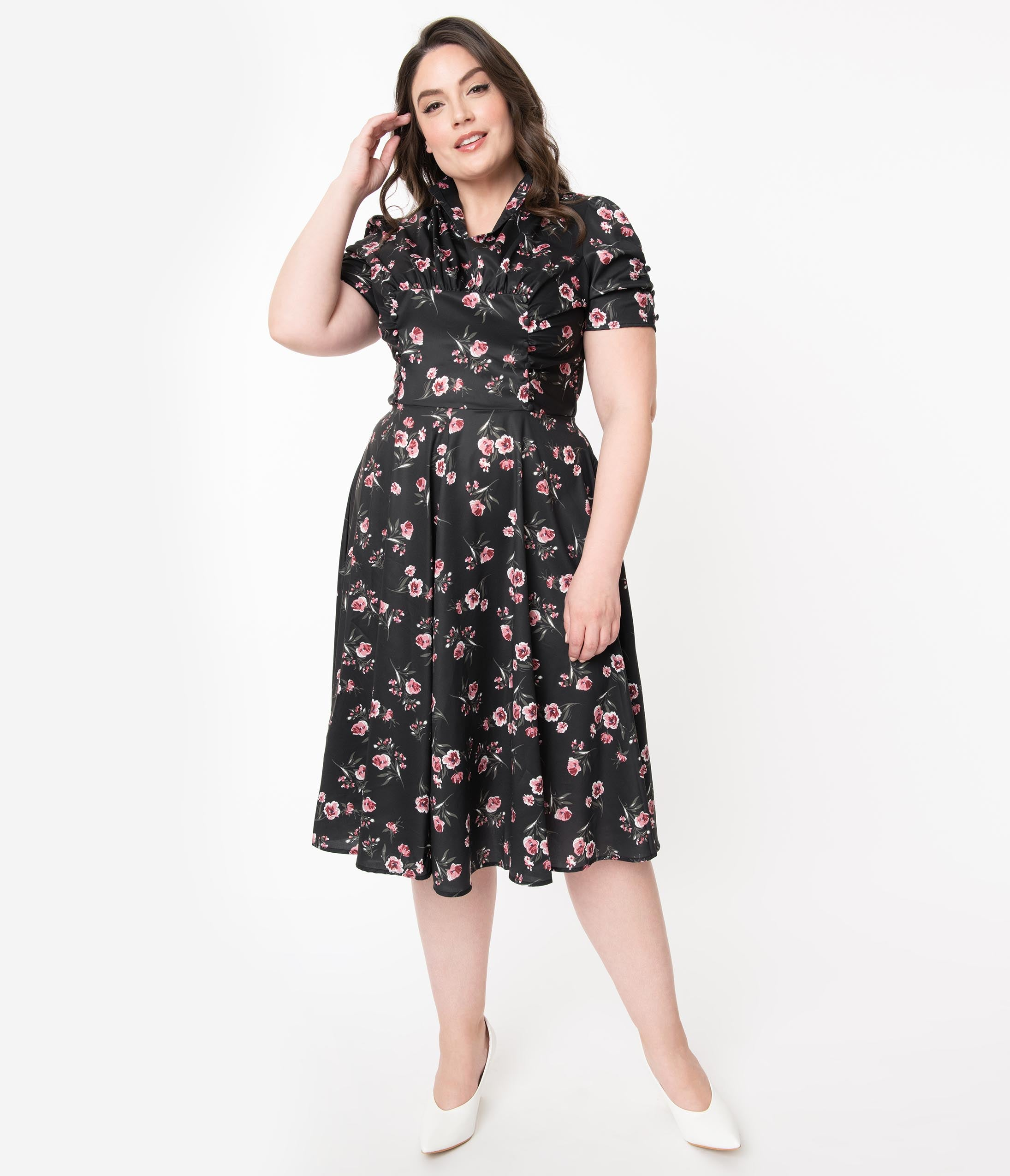 1940s Plus Size Dresses | Swing Dress, Tea Dress Unique Vintage Plus Size 1940S Black  Pink Floral Print Camilla Midi Dress $78.00 AT vintagedancer.com