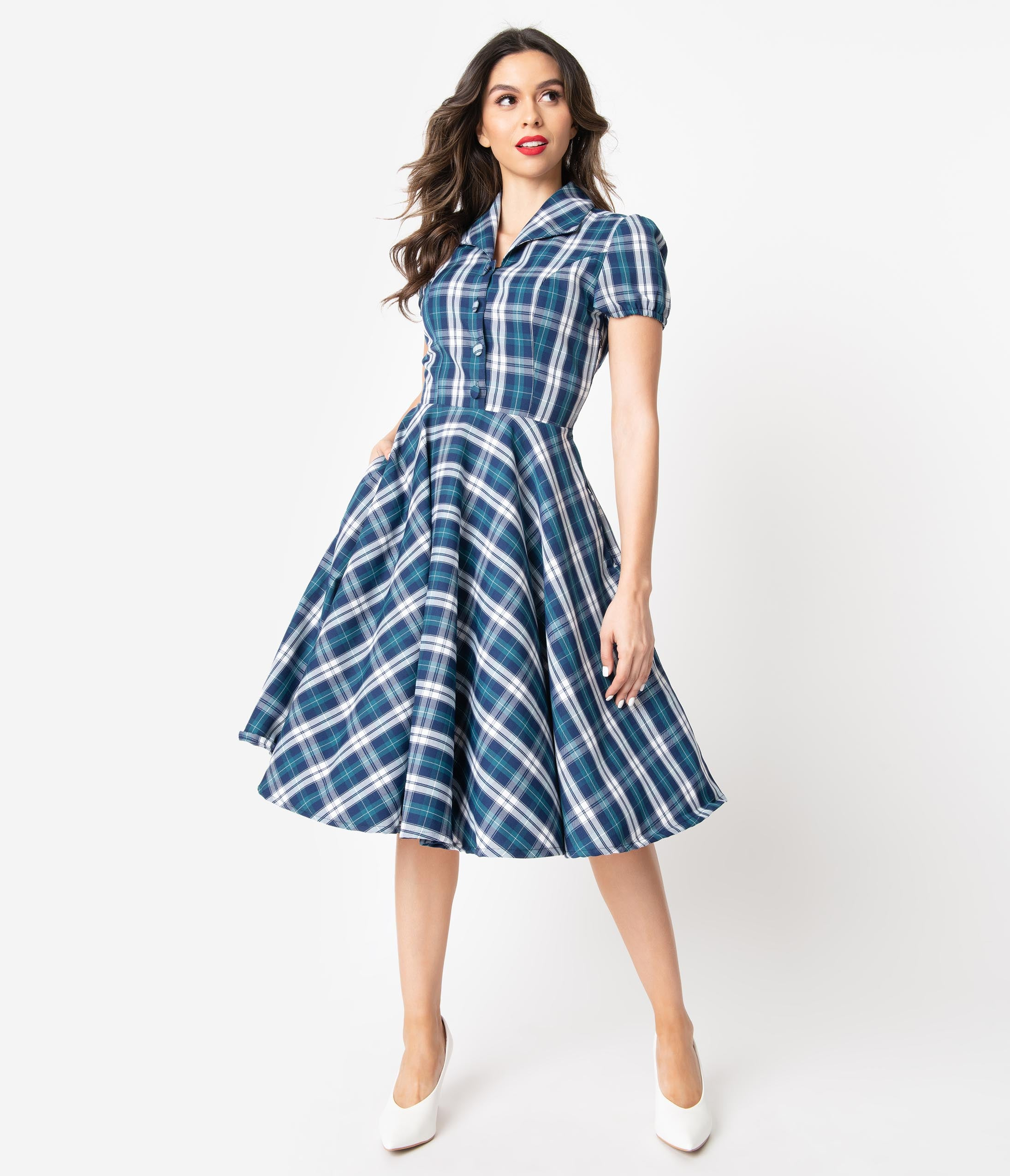 Fifties Dresses : 1950s Style Swing to Wiggle Dresses 1950S Style Navy  White Plaid Mona Swing Dress $78.00 AT vintagedancer.com