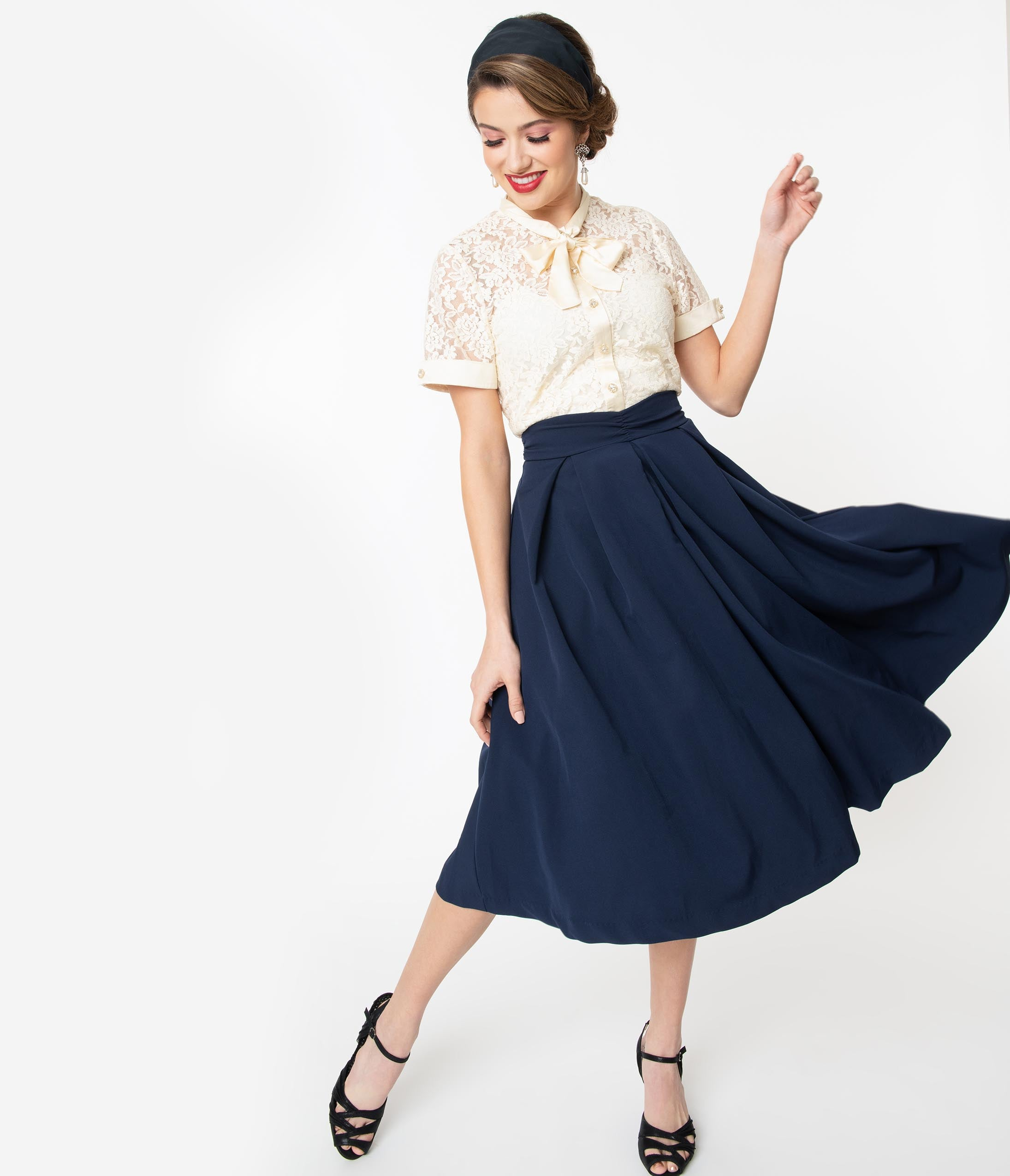 1950s Swing Skirt, Poodle Skirt, Pencil Skirts I Love Lucy X Unique Vintage Navy Blue Fashion Show Swing Skirt $78.00 AT vintagedancer.com