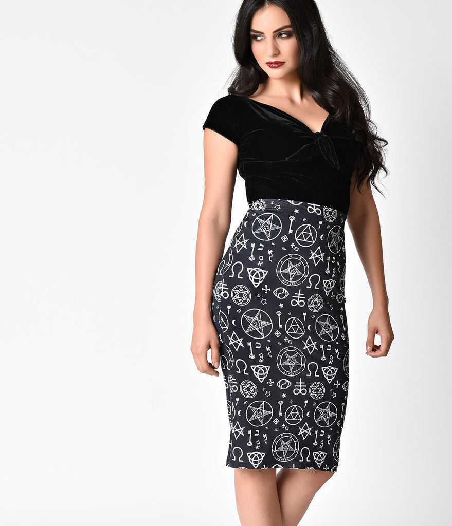 Banned Retro Style Black & White Occult Harper Wiggle Skirt