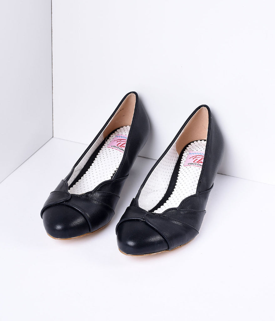 Black Faux Leather Scalloped Kitten Heel