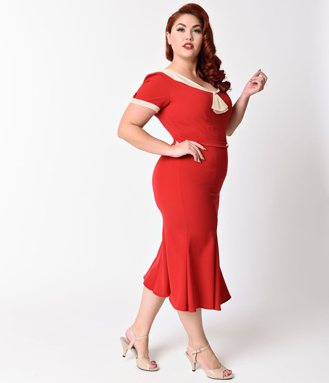Exclusive_Stop_Staring_Plus_Size_1930s_Style_Red_Ivory_Railene_Dress_4_2048x2048.jpg (1095×1275)
