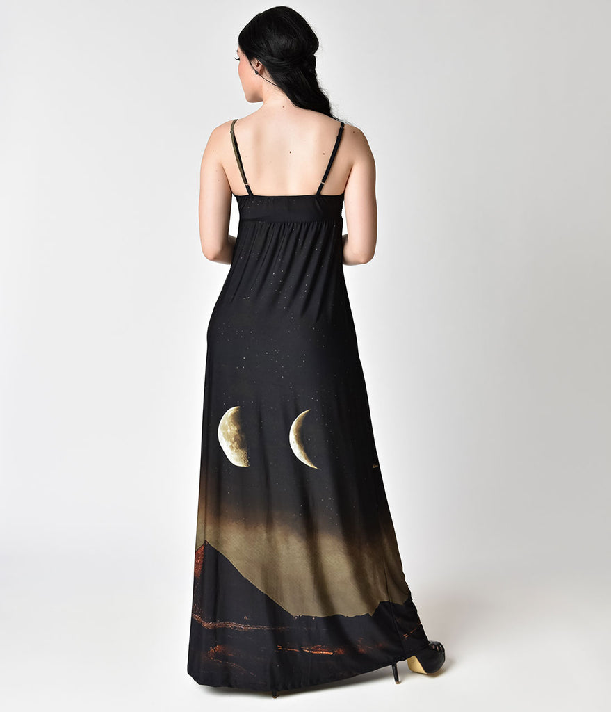 Folter Black & Pyramid Print Sleeveless Maxi Dress