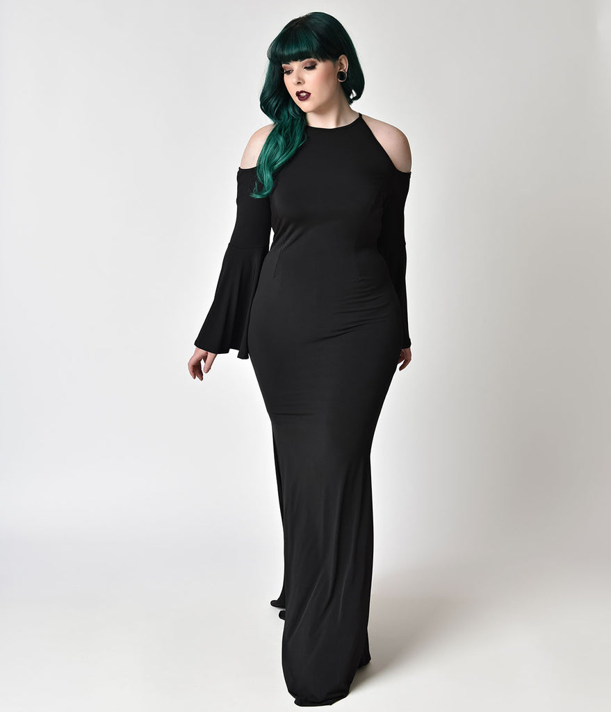 Gothic Style Plus Size Black Bell Sleeved Maxi Gown – Unique Vintage