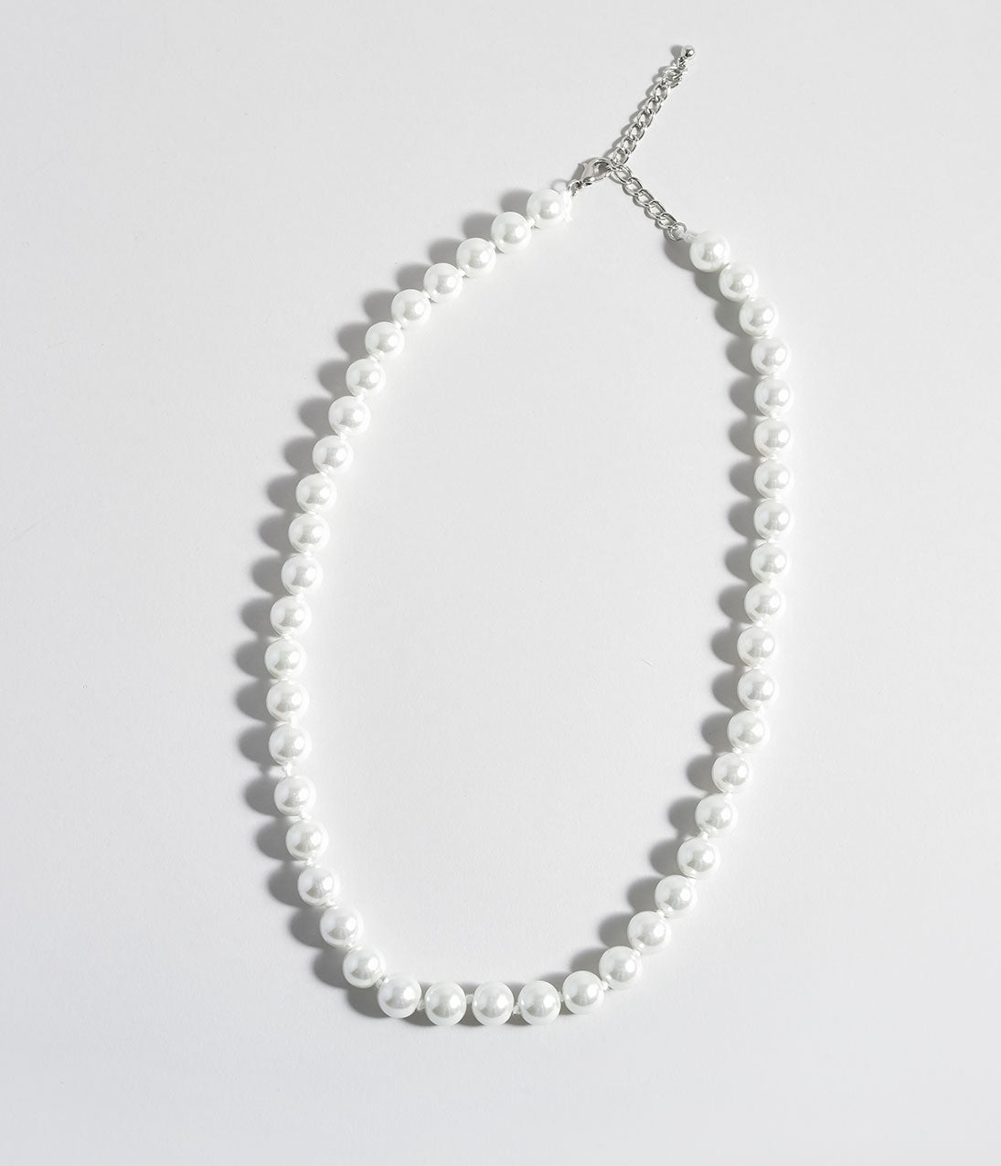 Vintage Style Jewelry, Retro Jewelry Ivory Pearl Single Row Beaded Necklace $22.00 AT vintagedancer.com