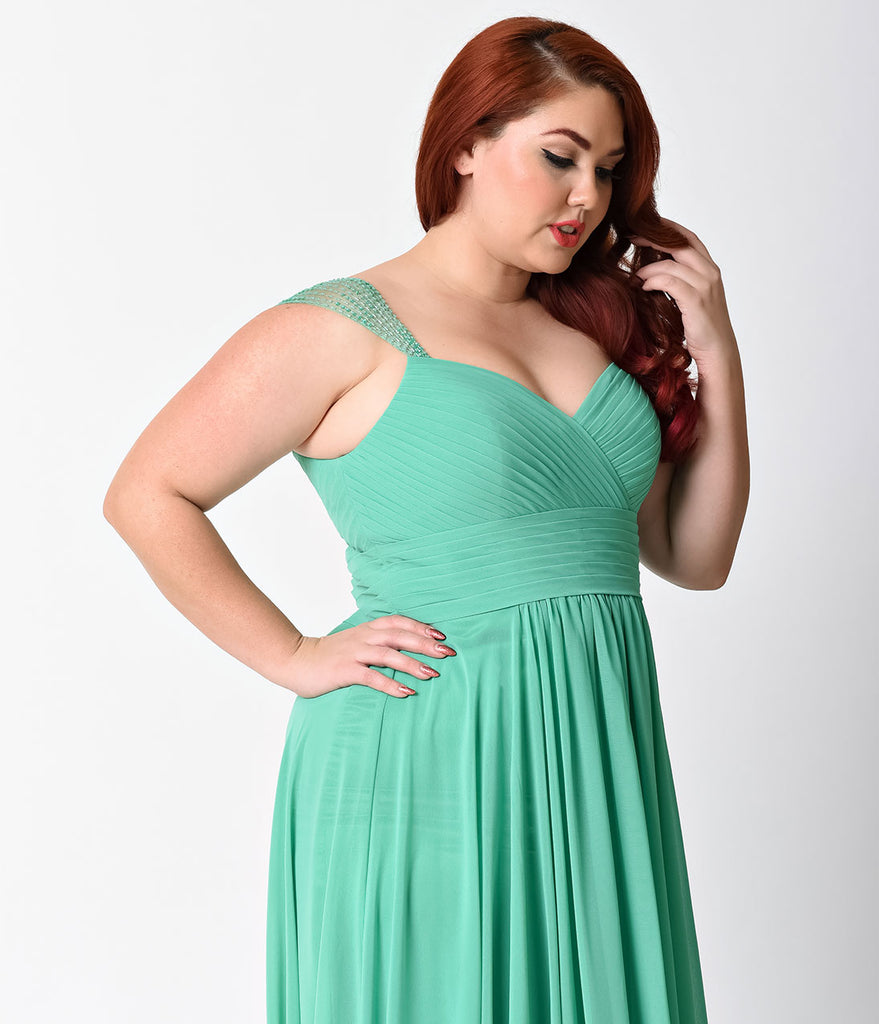 Plus Size Green Cap Sleeve Pleated Long Dress for Prom 2018
