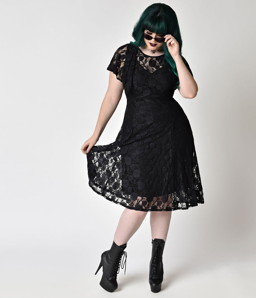 Plus Size Vintage Style Black Lace Flutter Sleeve Flare Dress