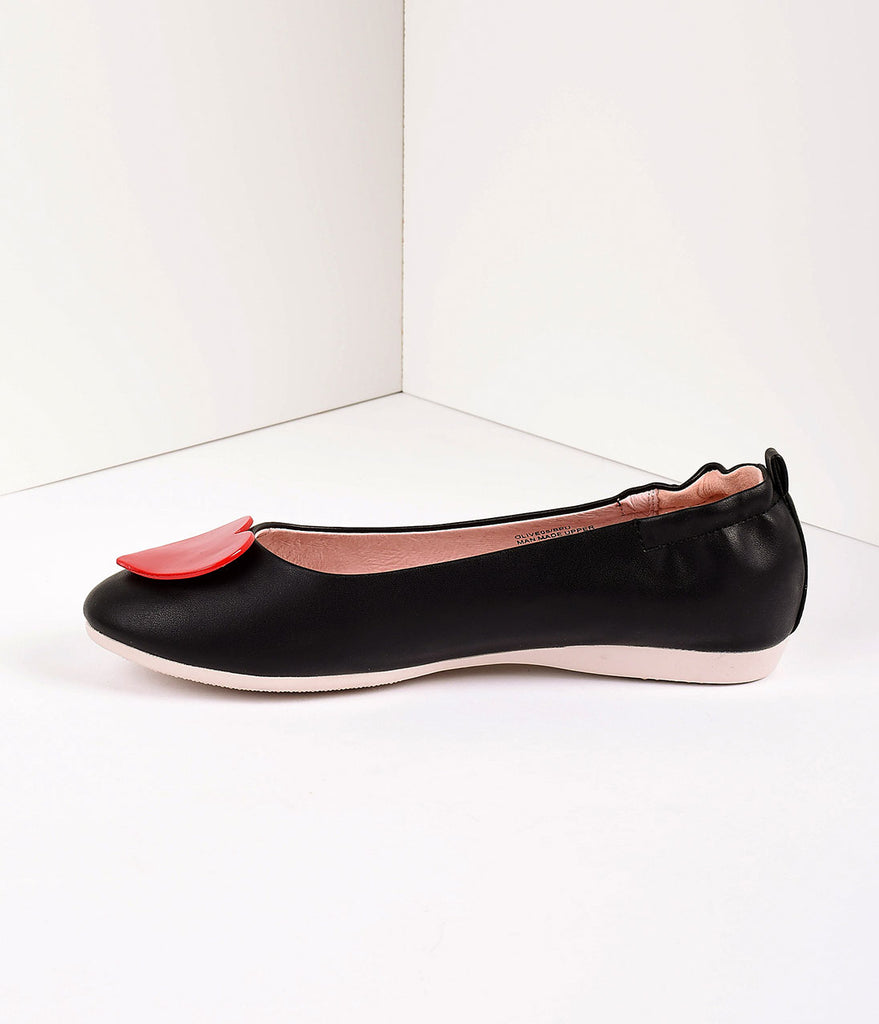 Retro Style Black Leatherette & Red Heart Ballet Flats