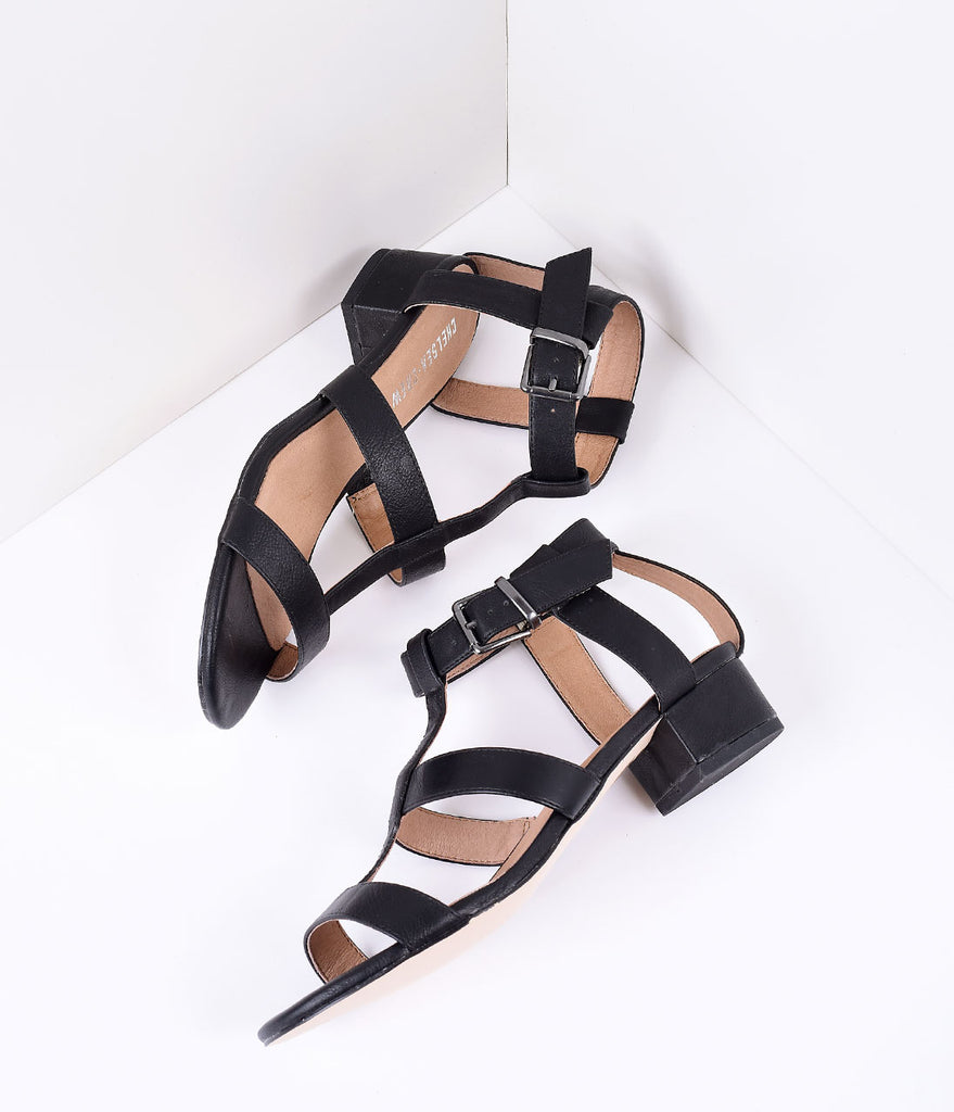 Retro Style Black Leatherette T-Strap Sandal Pumps